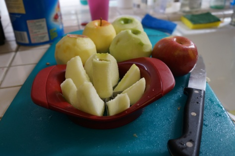 Sliced apples for apple pie