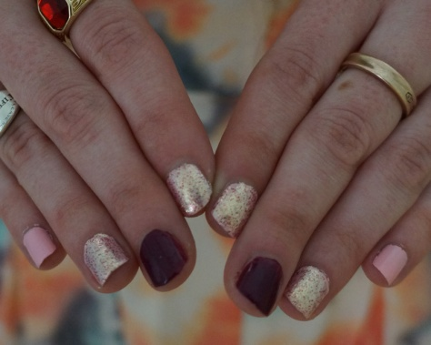Valentine's day nails DIY pink gold burgundy nail polish